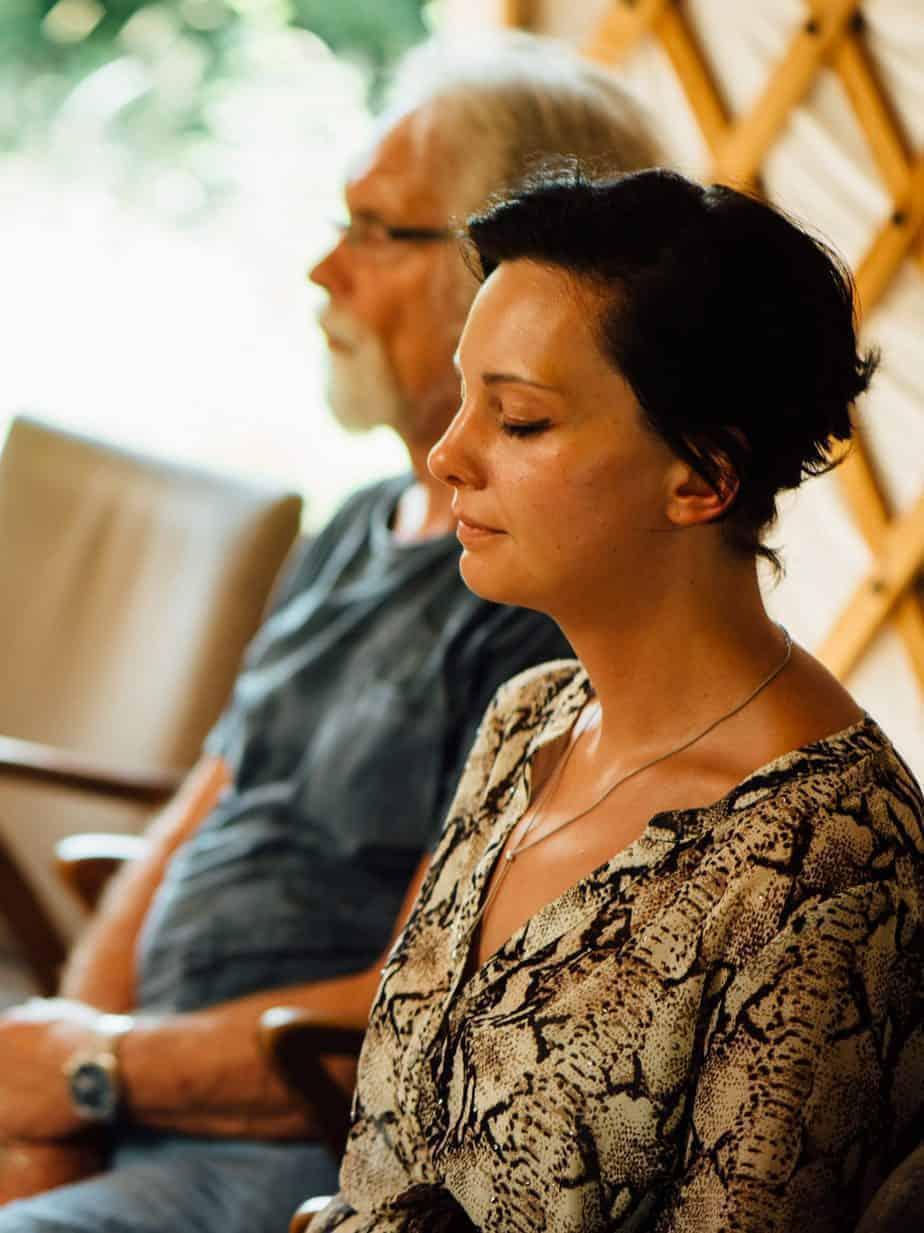 Een vrouw in meditatie